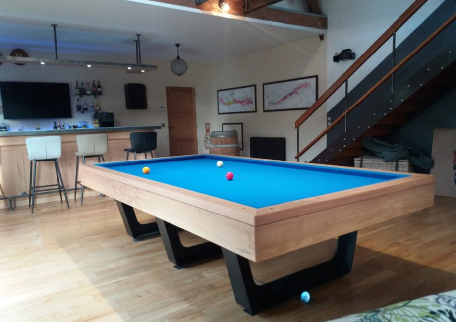 Table de billard Aero compétition de chez Billards Breton