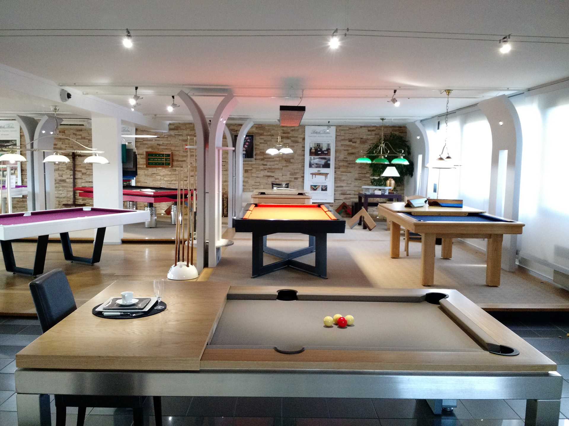 Showroom de Billards Breton à Orgeval